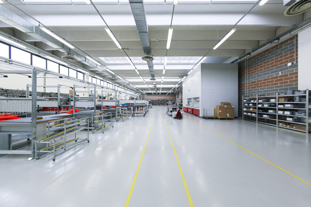 ICAM Online En | Vertical Lift Modules for the automated storage and supply of assembly lines